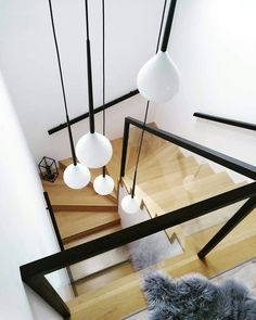 20 tips will help you improve the environment in your bedroom Haftanın En Modern Staircase bedroom Environment Haftanın Improve tbt Tips Home Stairs Design, Interior Stairs, Home Room Design, Home Interior Design, Stairs Refurbishment, Stairway Lighting, House Staircase, Modern Stairs, Simple Interior