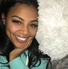 Find images and videos about cute, hair and beauty on We Heart It - the app to get lost in what you love. Beauty Makeup, Hair Makeup, Hair Beauty, Beautiful Black Women, Most Beautiful, Beautiful Nurse, Dead Gorgeous, Pretty People, Beautiful People
