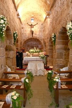 ivory white flowers aisle decor for church wedding, rustic wedding ideas #2014 #ideas #Easter #Craft #food #home decor