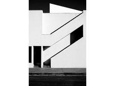 'Whitewash' Buidings Photography in Los Angeles - Los Angeles-based photographer Nicholas Alan Cope shoots architectural subjects as abstract still lifes. For the buildings he shot in Los Angeles (made into a book called Whitewash, published by PowerHouse Books), he strips all detail from the structures, leaving portraits consisting only of lines, planes and shapes.