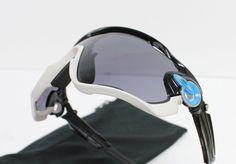 NEW OAKLEY Sunglasses JAWBREAKER Polished Black Black Iridium
