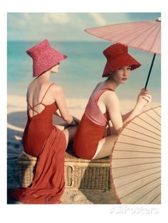 - Vintage Vogue talking about modern and vintage fashion style Vogue Vintage, Moda Vintage, Vintage Hats, Vintage Models, Vintage Humor, Vintage Glamour, Vintage Ladies, Beach Bunny, Foto Fashion