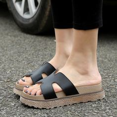 24660a4d80544 Stylish White Leather Slippers Soft Outsole Non-slip Slippers