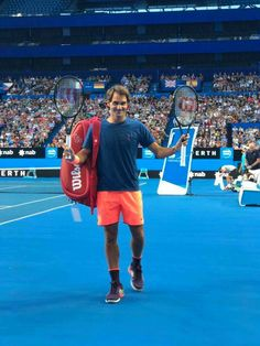 Roger on twitter : Thank you to the six thousand fans that showed up to watch my practice at @hopmancup 🇦🇺💙