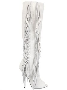Giuseppe Zanotti Suede Fringed Open Toe Boots in White-have you ever seen something ugly but cute at the same time? These boots are just that. I would rock these, but I don't know what I'd wear with them Sexy Boots, Sexy Heels, White Boots, Jimmy Choo, Christian Louboutin, Open Toe Boots, Giuseppe Zanotti Heels, Beautiful Shoes, Bootie Boots