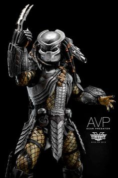 AVP: Scar Predator Collectible Figure