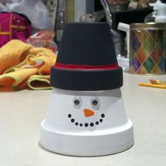 Snowman from clay pots!