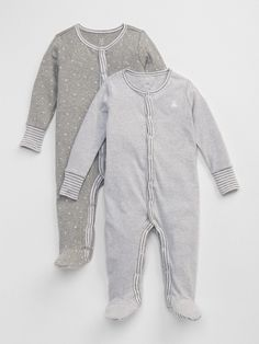 Gap Baby Favorite Stripe Footed One-Piece Light Heather Gray Boy Fashion, Fashion News, Baby Girl Pajamas, Baby Boy, 2nd Baby, Old Navy Gap, Fall Fashion Trends, Unisex Baby, Bebe