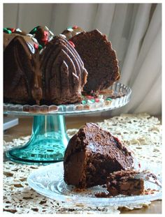 Stella's Κουζινομπερδέματα: Χριστουγεννιάτικο Σοκολατένιο Κέικ με Κανέλα, Τζίντζερ και Γαρίφαλο! http://stellamark.blogspot.com/2014/11/blog-post_26.html