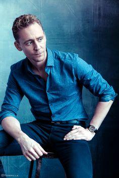 Tom Hiddleston photographed by Austin Hargrave during TIFF 2015 on September 13, 2015. Source: Torrilla. Click here for full resolution: http://ww4.sinaimg.cn/large/6e14d388gw1f8ipj2rpnuj20m80xc0zq.jpg