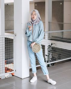 Hijab Fashion 2017, Modern Hijab Fashion, Street Hijab Fashion, Hijab Fashion Inspiration, Muslim Fashion, Fashion Outfits, Women's Fashion, Casual Hijab Outfit, Ootd Hijab