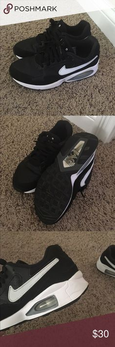 Nike air max size 5.5Y/7.5 Womens Nike air max gently used size 5.5Y which is equivalent to a women's 7.5. Nike Shoes Athletic Shoes