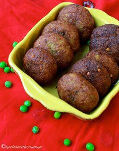 UP CLOSE WITH SAUMYA: Potato and Peas Pattice