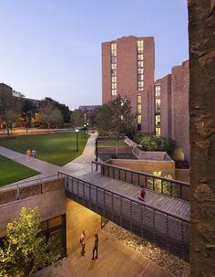 Morse and Ezra Stiles Colleges; New Haven, Connecticut / KieranTimberlake