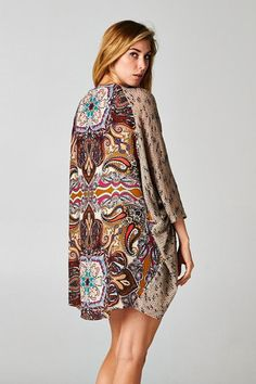 Beige and Navy Paisley Print Kimono Cardigan – Texas Two Boutique **RESTOCKED**