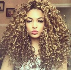 All the best hairstyles for curly hair. Unearth a variety of hair styling hints for shaping as well as maintaining fabulous curls and Curly Hair Tips, Wavy Hair, Curly Hair Styles, Natural Hair Styles, Kinky Hair, Afro Hair, Colored Curly Hair, Big Hair, Hair Highlights
