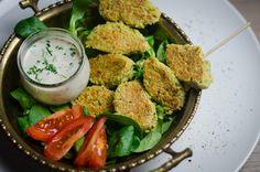 Vegane Falafel auf Feldsalat