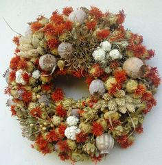 blomst høst - Szukaj w Google Christmas Wreaths, Holiday Decor, Fall, Google, Home Decor, Christmas Swags, Autumn, Decoration Home, Holiday Burlap Wreath