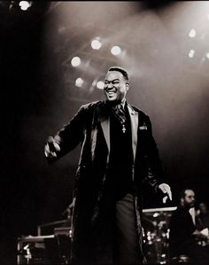 Luther Ronzoni Vandross (April 1951 – July was an American singer-songwriter and record producer. Music Icon, Soul Music, We The Kings, Luther Vandross, Soul Singers, Music Express, R&b Soul, Soul Brothers, Sweet Soul