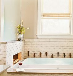 Master Bathroom < A Chicago Townhouse Shows the Chic Side of Green Design - MyHomeIdeas.com