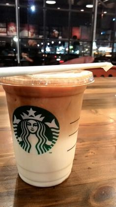 See 44 photos and 2 tips from 294 visitors to Starbucks Farmers Market Jababeka. Coffee Desk, Hot Coffee, Iced Coffee, Coffee Drinks, Coffee Time, Starbucks Recipes, Starbucks Drinks, Starbucks Coffee, Snap Food