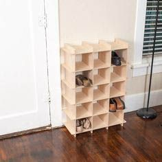 Modern Wood Shoe Storage Cubby - Home designs - Die schönsten Einrichtungsideen Shoe Cubby Storage, Wardrobe Storage, Diy Storage, Storage Ideas, Organization Ideas, Diy Rack, Diy Shoe Rack, Shoe Racks, Custom Wood Doors
