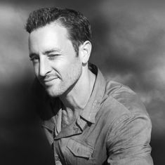 TV Week, March 2016 Hawaii Five-0 star opens up about commitment and life in Hawaii. When Alex O'loughlin signed on to appear in a TV series shot in Hawaii, he never thought he'd still be there six…
