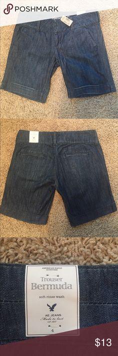 NWT! American Eagle Bermuda Shorts! Size 4 NWT! American Eagle Bermuda Shorts! Size 4 American Eagle Outfitters Shorts Bermudas