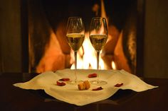 OFFICIAL SITE for Screebe House. Luxury Victorian country house in Connemara. With Spa, Suites, Wedding venue and Restaurant. Galway Ireland, Connemara, Time To Celebrate, White Wine, Alcoholic Drinks, Wedding Venues, Hotels, Restaurant, Tableware