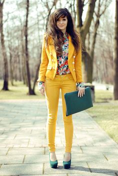 Yellow outfit. Yellow jeans, floral blouse, yellow jeans. I think a different colored blazer would have been better.