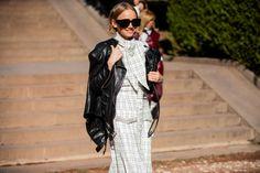 Co se nosilo během týdne módy v Tbilisi Polo, Street Style, Polos, Urban Taste, Street Styles, Street Chic, Polo Shirt, Fashion Street Styles
