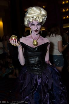Ursula   D*Con13 (Sat)