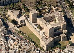 Castello Svevo (Swabian Castle), Bari, Apulia, Italy. - www.castlesandmanorhouses.com