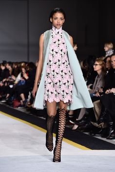 Giambattista Valli - Highlights From Paris Fashion Week Fall 2015  - ELLE.com