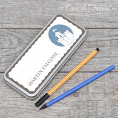 Personalisierte Stiftedose Ritterburg: Metalldose füt Stifte etc. ♥ Größe 17 x 7 x 2 cm ♥ der Scharnierdeckel wird mit einem wasser- und wetterfestem ...