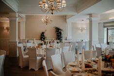 Ścianka za Parą Młodą Table Settings, Table Decorations, Photo And Video, Furniture, Instagram, Home Decor, Decoration Home, Room Decor, Place Settings