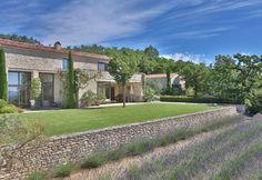 maison d'architecte 15 pièces en vente sur GORDES (84220)