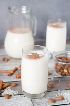 If you have never tried Horchata before, you don't know what you are missing. This rice and almond drink from Mexico is creamy, refreshing, and delicious! Mexican Horchata, Mexican Drinks, Coconut Ice Recipe, Horchata Recipe, Mexican Rice Recipes, Blanched Almonds, Cinnamon Almonds, Almond Milk, Yummy Drinks
