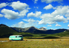 Escape on the open road. I Cool, Cool Stuff, Vintage Motorhome, Big Sky Country, Camping And Hiking, House And Home Magazine, Happy Campers, Camper Van