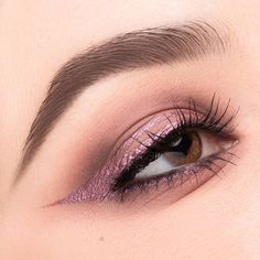matte eye-look adding a metallic wing using inception from dreamy palette nabla