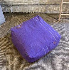 Purple cactus silk cotton geometric design cushion Modern Bohemian, Bohemian Decor, Boho Trends, Bohemian Interior Design, Moroccan Decor, Beautiful Textures, Floor Cushions, Dog Bed, Cactus