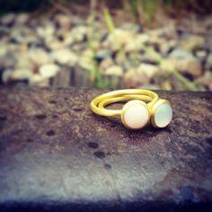 Bubble  Rings  blue and pink.  #hvisk #hviskstyling #hviskstylist #hviskjewellery #smykker #jewellery #armbånd #sølvarmbånd #evileyearmbånd #evileyebracelet #bracelet
