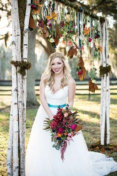 wedding arch @weddingchicks