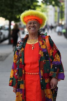 Woman spotted on the Urban Jungle streets of NYC.  We all have our own tribe/style identification, huh?  From Advanced Style.
