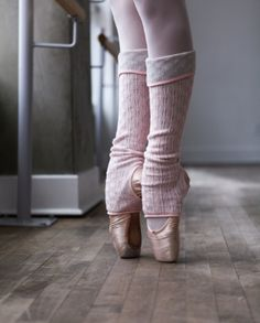 These are so cute!! too bad my girls don't do ballet
