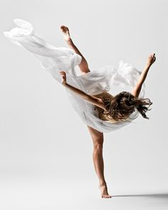 Beautiful Picture! Dance is probably my favorite form of artistic expression! <3