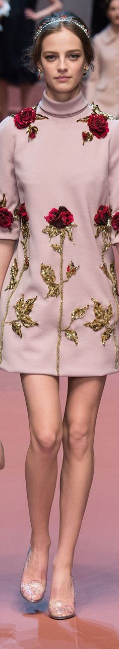 Dolce and Gabbana FW 2015 RTW Glamour, Fall Winter 2015, Mini Skirts, Creative, Fashion Design, Clothes, Haute Couture, Outfits, Mini Skirt