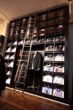 62 best store design fit out ideas images shop windows design rh pinterest com