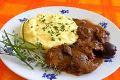 Mashed Potatoes, Food And Drink, Beef, Treats, Ethnic Recipes, Whipped Potatoes, Meat, Sweet Like Candy, Goodies