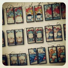 Pendientes en resina hechos a mano con ilustraciones propias...www.caperucitazul.com https://www.facebook.com/Caperucitazul http://www.margaritarosaespinosa.blogspot.com.es/